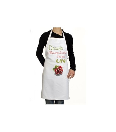 un tablier de cuisine humoristique avec un radis