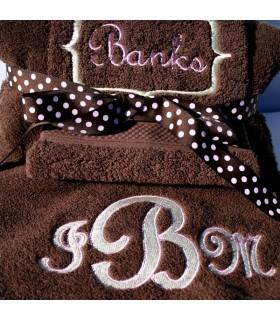 serviette brodée pour cadeau naissance