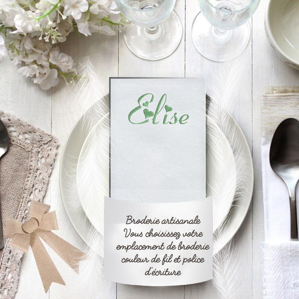 Serviette de table blanche brodée