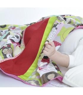 couverture pour tous les bébés en belle idée de cadeau naissance