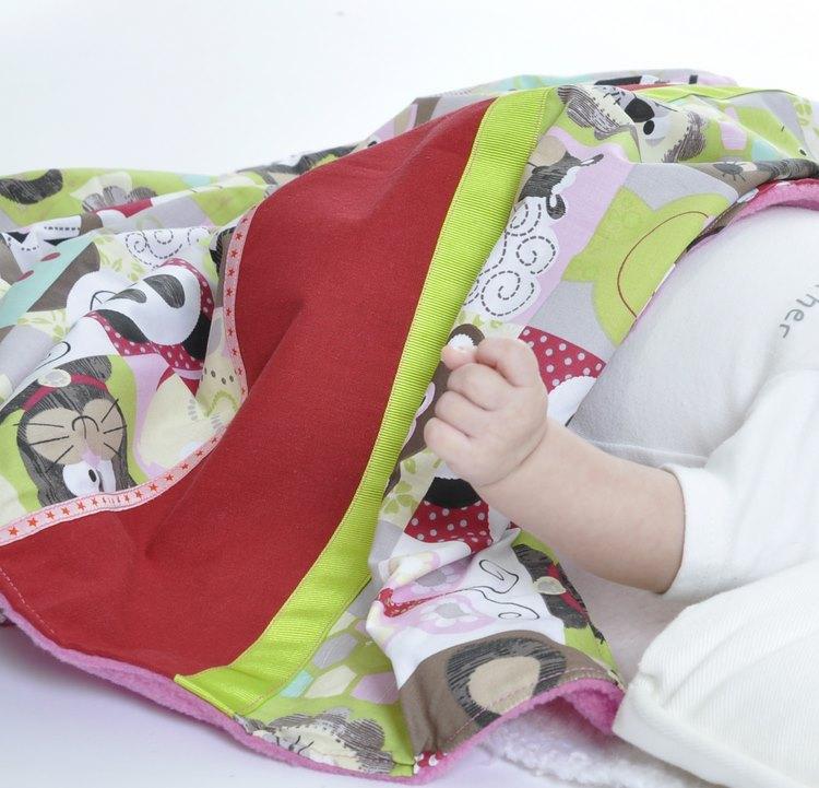 couverture chaude lit bébé